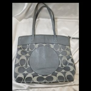 Coach Laura Signature tote